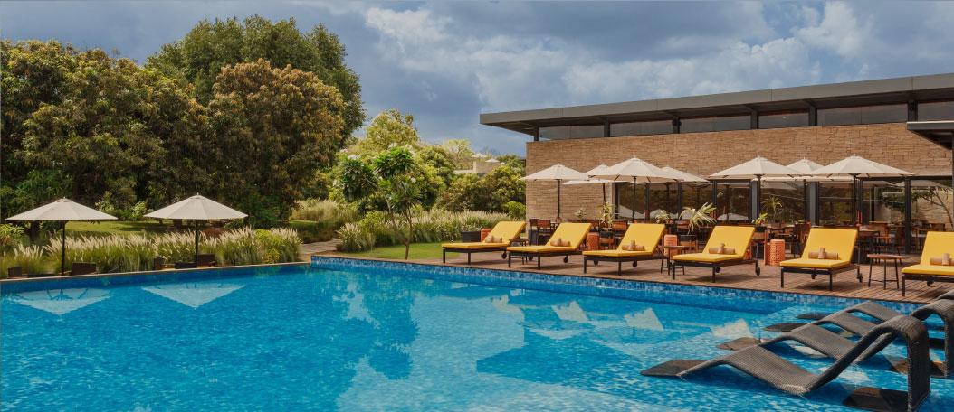 Alfresco Poolside